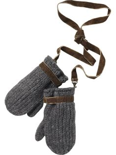 Knit mitts- I would love them in red and grey!