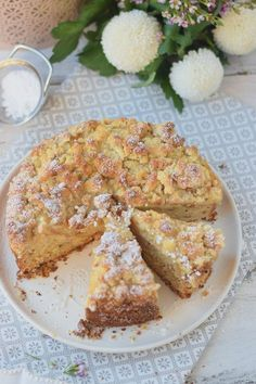 Apfelmuskuchen mit Marzipan und Marzipan Streuseln - Apple Cake with almonds and crumble #cake #fall #yummy #herbst (21)