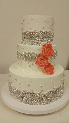 Dragee cake