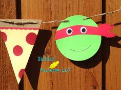 Ninja Turtle Pizza Birthday Party Banner / por TickledTurquoiseLLC