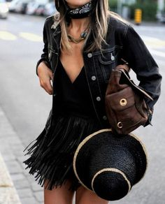 Western Inspired Outfits are Huge in 2018. Bandanas, hats and fringe are just a few details to help pull off this trend in 2018