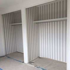 サンゲツ 壁紙/クローゼットの中/ストライプ/壁/天井のインテリア実例 - 2017-09-09 19:07:28 | RoomClip(ルームクリップ) Wall Crosses, Laundry In Bathroom, House Plans, Kids Room, Curtains, Interior, Diy, Bedroom, Wallpaper