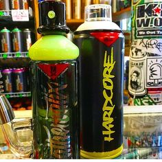 That one time we were in #NYC  @scrapyardnyc  showing off the #MathTana #Hardcore #Dab #Rig   #DoTheMath  #Mathematix #MxKrew #710 #420 #Dab #Dabs #DabLife #Graffiti #StreetArt #Artists #Taggers #SprayCan #Rigs #Stoners #Smokers #Cannabis #CannabisCommunity #Glass #DoYouDab #DabbersDaily #Calimade #AmericanMade #GlassArt #GlassPorn #Functional