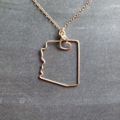 Arizona Necklace  Custom State Love Necklace  State von theFolk, $34.00