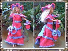 De Sylvie Barbie, Free Crochet, Crochet Pattern, Creations, Gowns, Doll Stuff, Christmas Ornaments, Holiday Decor, Dragon