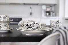 Homevialaura | Arabia Paratiisi in black and white | design by Birger Kaipiainen