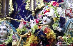 To view Gopinath Close Up Wallpaper of ISKCON Chowpatty in difference sizes visit - http://harekrishnawallpapers.com/sri-gopinath-close-up-wallpaper-009/