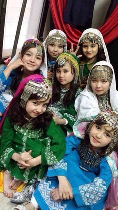 "world-ethnic-beauty: ""Hazara girls in hazaragi dress in Nowruz festival "" Afghan Clothes, Afghan Dresses, Hazara People, Beautiful Children, Beautiful People, Afghan Girl, Kids Around The World, Central Asia, World Cultures"