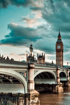 Westminster Bridge and Big Ben, London, UK