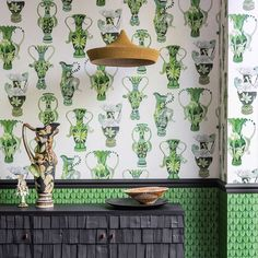 """""""Mi piace"""": 1,957, commenti: 55 - Cole & Son (@cole_and_son_wallpapers) su Instagram: """"LEAFY GREENS // From our new Ardmore Collection. Pair Khulu Vases 109/12056 and Narina 109/10045 to…"""""""