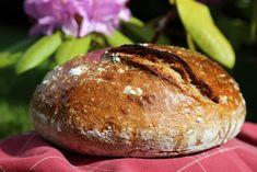 obyčejný pšenično-žitný kváskový chléb