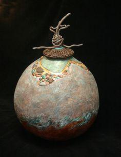 An Exploration in Contemporary Gourd Art   Mira Mickler Moss