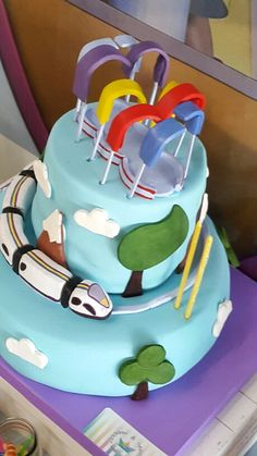 Junior express cake Junior Express, 3rd Birthday, Birthday Parties, Candy Bar Party, Disney Junior, Time To Celebrate, Party Cakes, Holidays And Events, Desserts