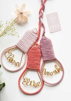 Tricotin Passo a Passo Rope Crafts, Diy Crafts Hacks, Diy Home Crafts, Yarn Crafts, Handmade Baby Gifts, Diy Gifts, Macrame Patterns, Crochet Patterns, Spool Knitting