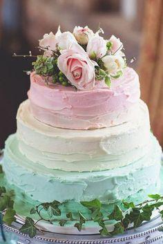 Un gâteau aux couleurs pastel