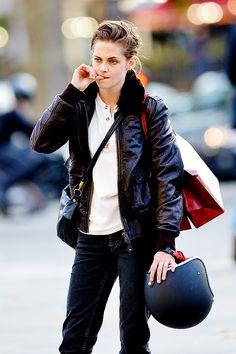 Tumblr Kristen filming Personal Shopper in Paris 10/28/15