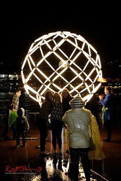 Light-Bulb Portraits - Vivid Sydney 2013 - Photo by Kent Johnson.