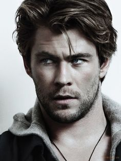 Chris Hemsworth! Thor and cabin in the woods! :)