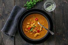 """Tidligere i denne uken fikk jeg en hyggelig kommentar fra en av mine lesere, på en kyllingsuppe fra 2012: """"Dette er desidert den beste suppen jeg har smakt! Har servert den til flere venner, og alle…"""