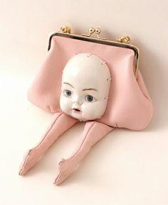 Matching handbag for your stolen goods! Vintage Purses, Vintage Handbags, Fashion Bags, Fashion Accessories, High Fashion, Arte Fashion, Unique Purses, Bagan, Doll Parts