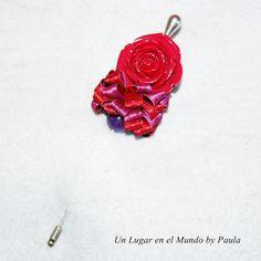 Rosa de resina, cinta, bola de Piedra Natural.