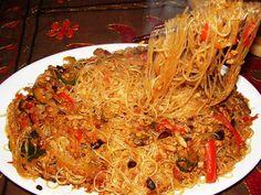 Spaghetti di Soia Saltati con Carne & Verdure Piccanti