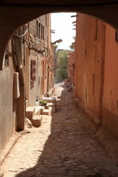 Narrow street in the old part of Ouarzazate, Morocco
