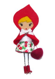 CAPERUCITA Christmas Holidays, Christmas Ornaments, Red Riding Hood, Little Red, Felt Crafts, Hair Pins, Jewelry Crafts, Dolls, Sewing