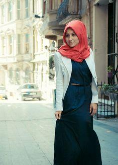 blue maxi, white blazer, coral #hijab -- perfection!