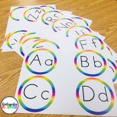 Read about how switching from a traditional word wall to a portable version has been an absolute game-changer in my kindergarten classroom! Kindergarten Goal Sheet, Word Wall Kindergarten, Kindergarten Teachers, Portable Word Walls, Effective Classroom Management, Rainbow Words, Goals Sheet, Work On Writing, Letter Formation