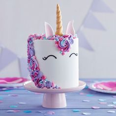 Idea for unicorn cake, purple and pink flowers, golden horn, birthday cake for girls pies pies recipes dekorieren rezepte How To Make A Unicorn Cake, Ricotta Cake, Unicorn Cupcakes, Birthday Cake Girls, Birthday Ideas, Birthday Recipes, Pink Birthday, Birthday Cards, Birthday Pictures
