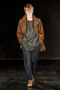Tautz presented its Fall/Winter 2017 collection during London Fashion Week Men's. Winter 2017, Fall Winter, Menswear, Hipster, London, My Style, Fitness, Wonderland, Runway