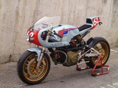 You could be forgiven for thinking it's a Ducati Pantah, given the color scheme, but Radical Ducati's 'Pantahstica' is based on a Cagiva Alazzurra, a mid-80s touring derivative of the Pantah.