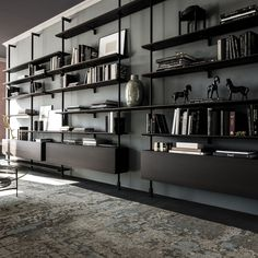 Bookshelf Design 2020 – How do you organize a bookshelf? - Home Ideas Home Library Design, Home Office Design, House Design, Shelving Design, Bookshelf Design, Design Desk, Bibliotheque Design, Home Decor Shelves, Muebles Living
