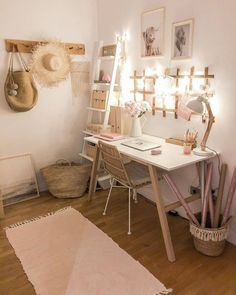 Study Room Decor, Cute Room Decor, Teen Room Decor, Home Office Decor, Office Ideas, Girl Bedroom Designs, Room Ideas Bedroom, Small Room Bedroom, Home Decor Bedroom
