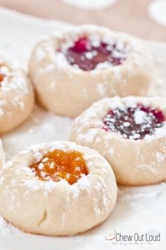 buttery-jam-thumbprint-cookies  1 cup (2 sticks) salted butter, softened to room temp (not melty) ½ cup confectioners' (powdered) sugar, plus ¼ cup more for dusting 2 teaspoons pure vanilla extract ⅛ tsp table salt 2 cups all purpose flour ½ cup thick fruit preserves (I used raspberry, blackberry, and peach)