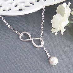 Sterling Silver Infinity Necklace and Pearl