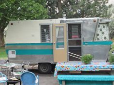 Holiday House Travel Trailers on Facebook