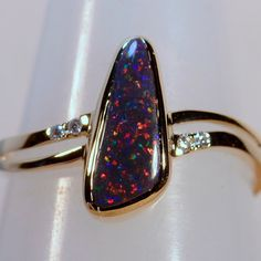 Hand Made Solid 18ct Yellow Gold Solid Lightning Ridge Australian Black Opal & Diamond Ring (13432)