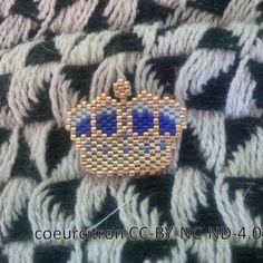 WEBSTA @ coeur__citron - Et qui c'est la reine d'Angleterre maintenant?#crown #couronne #brickstitch #queen #jenfiledesperlesetjassume #tissageperles #perlesaddict #perlesaddictanonymes #jesuisunesquaw #jenfiledesperlesetjaimeca #beads #beading #miyukibeads #diy #handmade #mondiyamoi #motifcoeurcitron