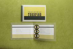 Tila, väri ja valo -tapahtumasuunnitelma, 1,5 op, (1/2). Arvosana 5. Muotoiluinstituutti, 2002–2006, viestinnän koulutusohjelma, graafinen suunnittelu. © Natasha Varis, 2002.