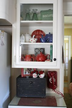 Sunny Simple Life: Almost Time for Tea - vintage kitchen