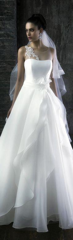 Inspiration de votre future Robe de Mariage photo-maleya.com Choisir son style de robe de mariée #bride #dress #dresses Photographe Montréal Québec Canada  @photomaleya l $$$ Price on the website