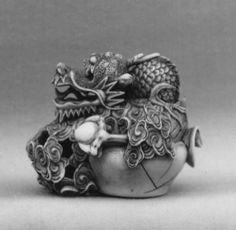 Masakazu. Jewel Holding Dragon, 18th century. Japanese. The Metropolitan Museum of Art, New York. Edward C. Moore Collection, Bequest of Edward C. Moore, 1891 (91.1.969)