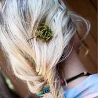 lace flower pin, and lots of other flower tutorials for headbands etc.