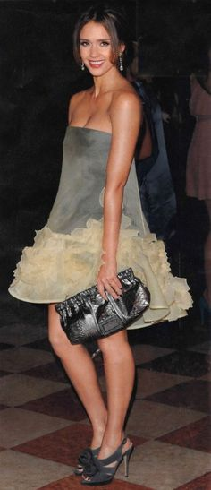 Jessica Alba in Valentino dress .....flirty, whimsical, just perfect..