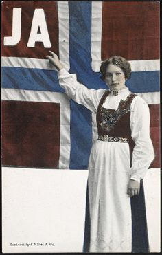 The history of Norwegian equality Norse Pagan, Vintage Flag, Arctic Circle, Lofoten, Antique Photos, Women In History, Coat Of Arms, Art And Architecture, Mittens