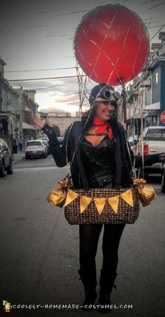 Take a look at this amazing DIY hot air balloon costume for Halloween. Learn how to create one yourself for an incredible homemade costume. Halloween Costumes To Make, Homemade Costumes, Halloween Makeup Looks, Halloween Fun, Diy Hot Air Balloons, Big Balloons, Baby Costumes, Adult Costumes, The Sweetest Thing Movie