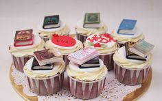 book covers on cupcakes by Anita Jamal, via Flickr
