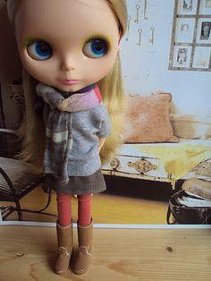 Make a Moshi-mini skirt for Blythe - free pattern.